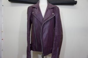 革ジャン修理・ライダーズジャケット修理・部分縫製・裏地張替え修理などの革ジャン修理専門店の革研究所博多店です。
